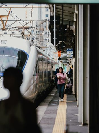 日常 EyeEm Best Shots Vscocam VSCO Travel Photography Japan Transportation One Person Real People Full Length Women Day Built Structure