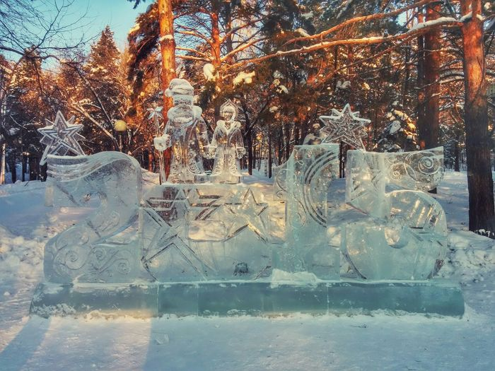 Ice Sculpture Happy New Year 2015🎁🎉 Snow Day
