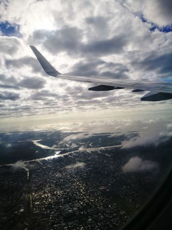 Aterrizaje Clouds And Sky Cloud - Sky Beautiful Sky Happiness Is A Drug Landing Airplane Airshow City Flying Sea Plane