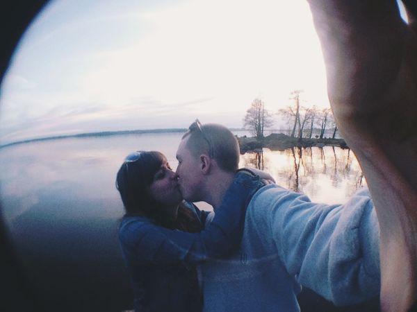 My Smartphone Life Love Couple Enjoying Life Russia