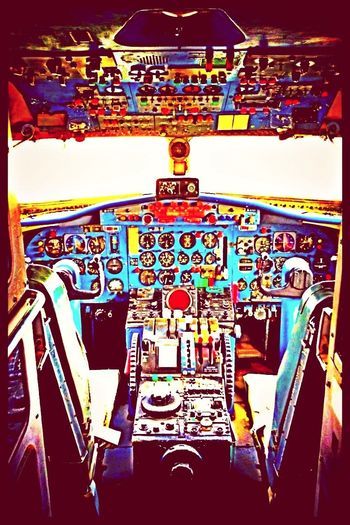 I want to go far away. Airplanes