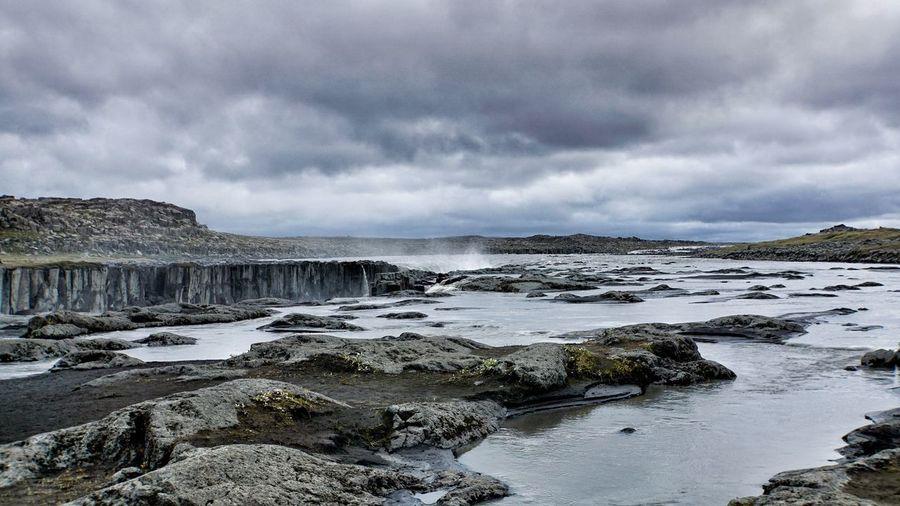 Selfoss Iceland Waterfall Sky Scenics Beauty In Nature Rock - Object Cloud - Sky Water Cliff Rock Formation Landscape Beauty In Nature Icelandic Nature Dettifoss Nature