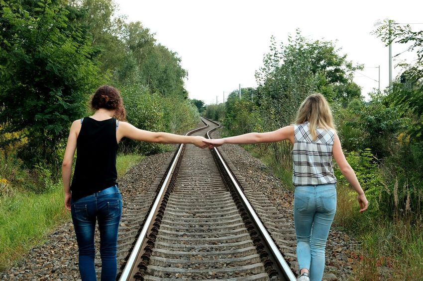 Passenger Train Beauty In Nature Silhouette Photography Camera Happiness Cloud - Sky Sky Day Friends Friendship Friendly Railway Photooftheday Photographer Flower Train Poppy Commuter Train Subway Train People Girls Land Vehicle Nature Looking At Camera
