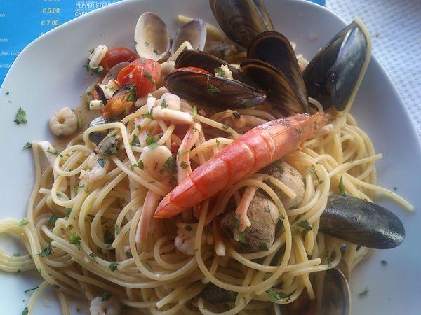 Spaghetti allo scoglio Foodphotography Italia Pesce Spaghetti <3 Terrasini A Taste Of Life