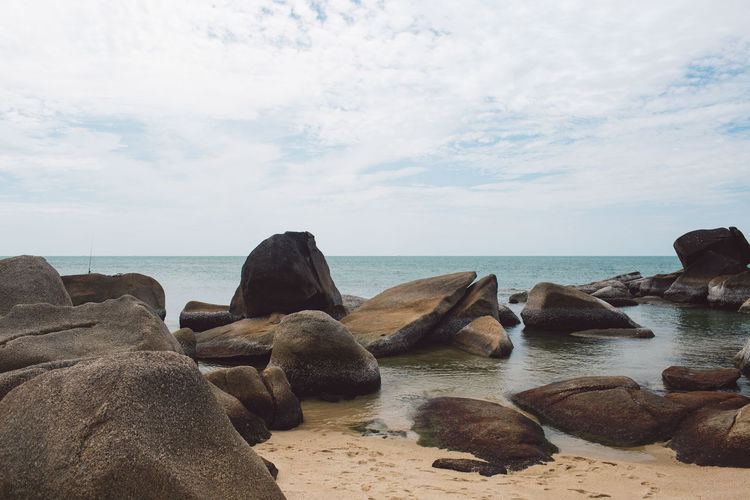 Water Sea Sky Horizon Over Water Horizon Rock Cloud - Sky Scenics - Nature Beauty In Nature Beach Land Solid Rock - Object Tranquil Scene Tranquility Nature Day No People Non-urban Scene Outdoors