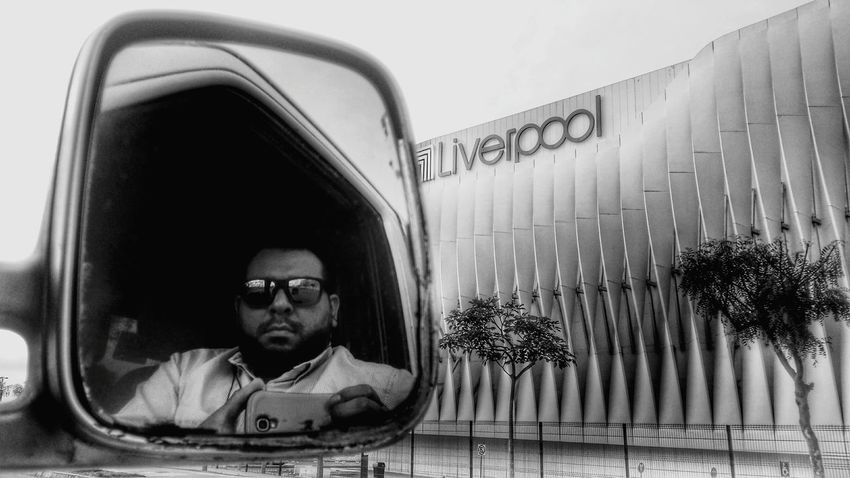 Streetphotography BackToWork Bustravel Pinkfloyd Soundtrackfortoday Blackandwhite Selfportrait