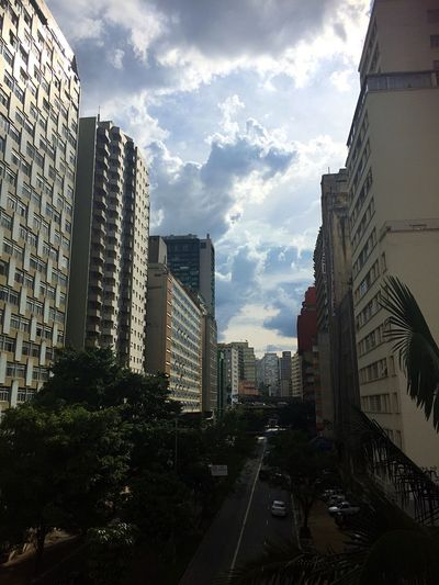 Architecture City Metropolis Sao Paulo - Brazil Brazil Brasil ♥ Anhangabau Centrodesaopaulo Saopaulocity Streetphotography IPhoneography Cloud - Sky