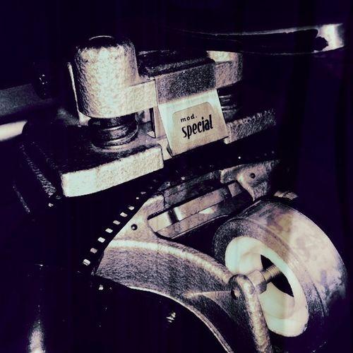 Film cutter