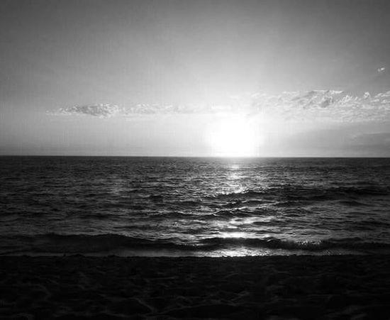 Monkeymia WesternAustralia Australia Backpacker Freedom Landscape Ocean Beach Travelling Travel Sunset Blackandwhite Monochrome Bw_awards Bw Bw_crew Bw_lover F4F Natgeoit Natgeo Nationalgeographic All_shots Igersitalia Bw_society