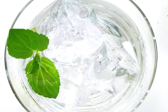 Cocktail Drinking Glass Water Drink Refreshment Freshness Food Close-up No People Drinks Essen & Trinken Party Vitamin Organic Food Foodblog Freshness Mint Plant Mint Healthy Eating Food And Drink