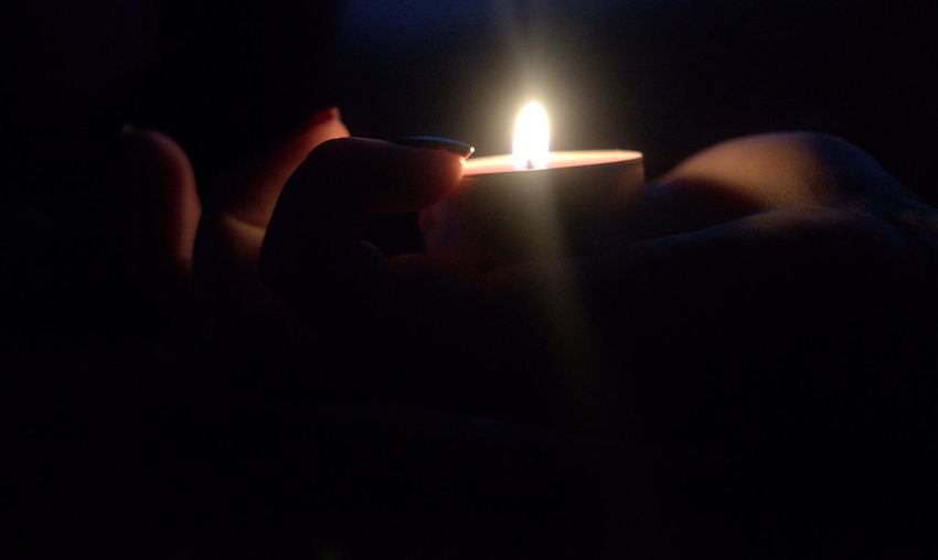 Hand And Lihgt Light And Shadow Human Body Part Candles.❤