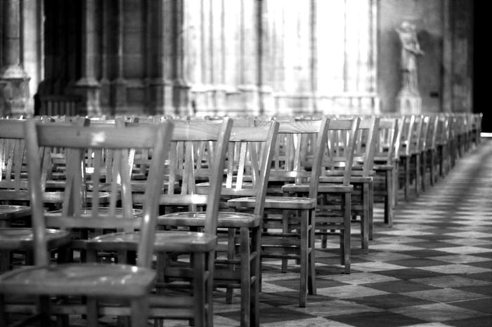 Orléans Cathedrale Love Photography Canonphotography Apprendre La Photo Canon 70d Capture The Moment Faire De Nouveaux Tests En Photo Noir Et Blanc From My Point Of View Chaises