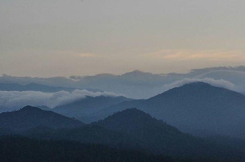 landscape full of beauty at Tabur Mountain West Vscocam VSCO Vscomalaysia Amalaysianphoto Mshjournal Photojournalism Landscape Bukittaburwest