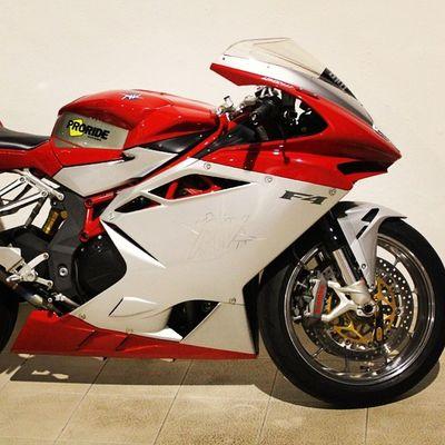 MVF4 Agusta Italian Bike sportbikemotorbiketunningadvocaatbremboproridespeed