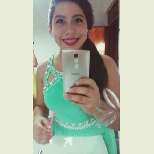 Graduate 💕 Graduation2015 Graduation Party  Beautifuldress Fancy Fancy Dress Beautiful Girl Nigth  Wonderful Hermosa Graduacion