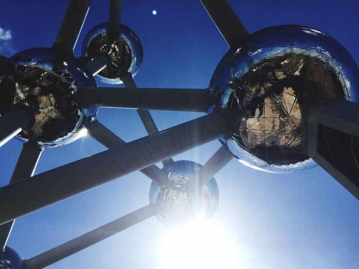 Clear Sky Sky Sunlight No People Low Angle View Close-up Outdoors Globe Day Atomium Atomium.Belgique.