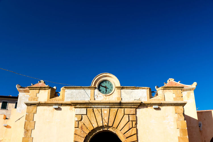 Sky Built Structure Blue Architecture Clear Sky Building Exterior Nature Copy Space Building Day Sunlight Low Angle View No People Outdoors Belief Religion Place Of Worship Arch History Clock