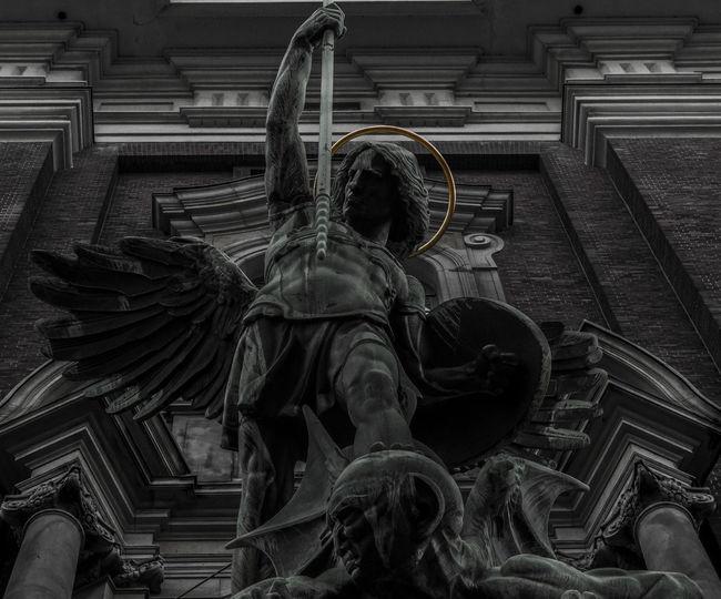 Angel Church Creativity Deamon Großer Michel Heaven HERO Sculpture Warrior