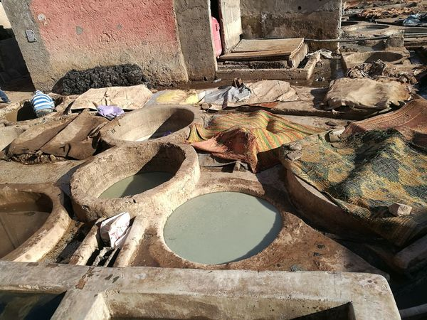 tannery in Marrakesh Dye Guano High Angle View Manualworkteam Manufacturing Pigeons Stink Tannery Tanning