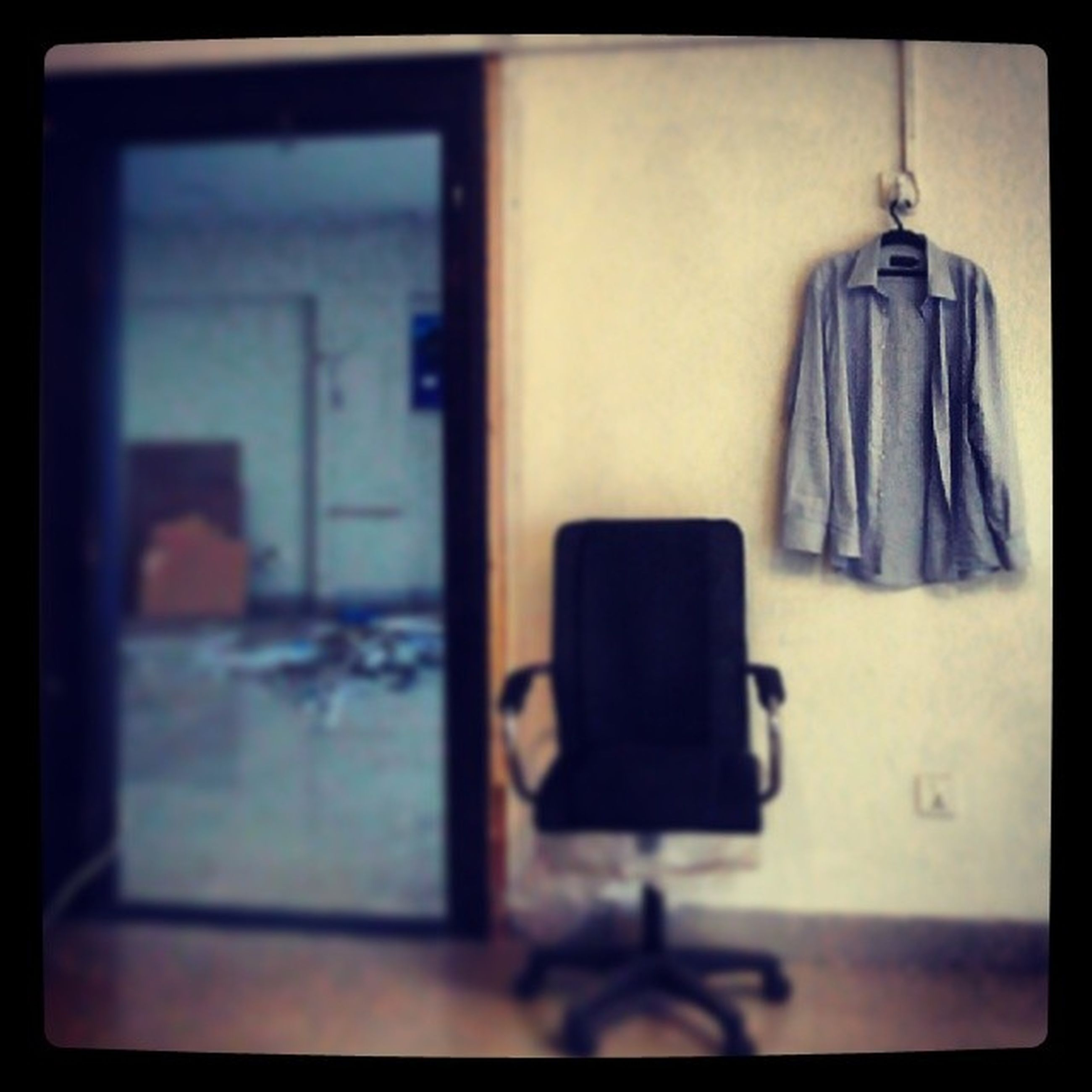 indoors, transfer print, table, glass - material, transparent, window, auto post production filter, close-up, still life, selective focus, home interior, empty, technology, focus on foreground, no people, reflection, glass, absence, day, chair