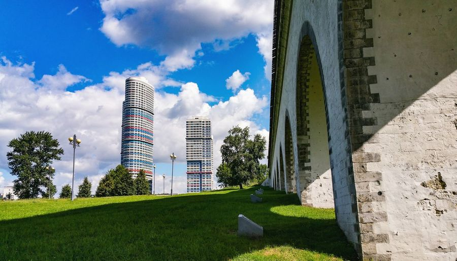 City Low Angle View Bridge - Man Made Structure Яуза Park Moscow Russia River Park - Man Made Space Москва Green Color City Life Building Exterior Modern Built Structure Architecture Grass Aqueduct река Cityscape Arch Summer Architectural Column Travel Destinations Skyscraper
