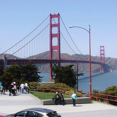 Beautiful, clear day for a perfect view of the bridge (pic taken in 2013) GoldenGateBridge Sanfrancisco Citybythebay Greatview Beautifulday California