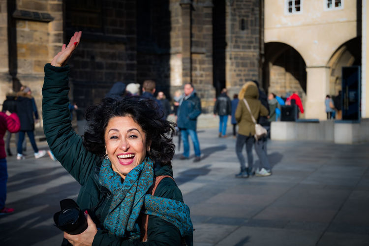 Daytime Happiness Prague Sightseeing Architecture Building Exterior Focus On Foreground Lifestyles Outdoors Portrait Real People Smiling Streetphotography Tourism Travel Destinations Women