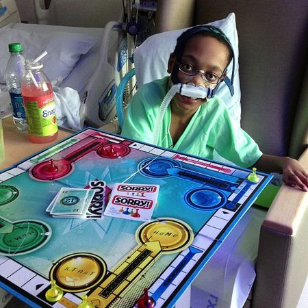 Playing with the world's biggest cheater. This kid will do anything to win! Cheater Sorry ! Seattlechildrens Seattlechildrenshospital pneumonia hearttransplant donatelife donatelifetoday
