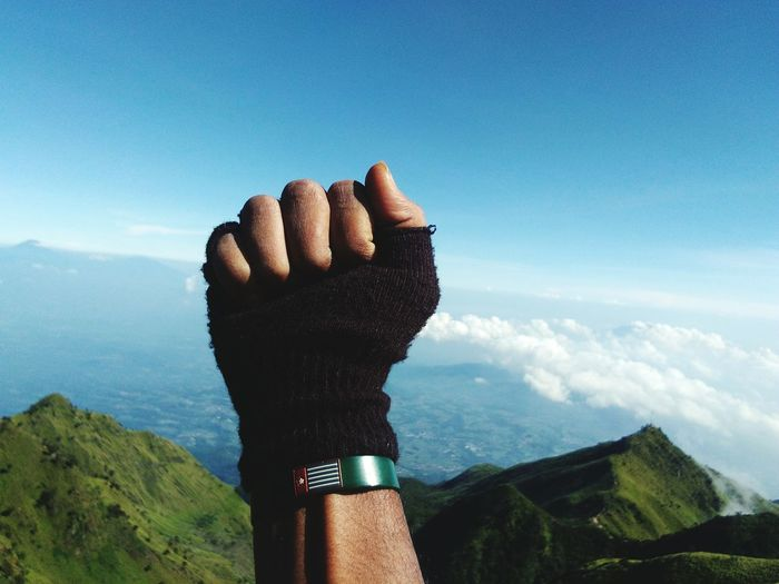 Fight Fwp Freedom Merbabu Salatiga Merbabu Mountain Merbabumount Papua Freewestpapua Photooftheday Photography Photographic Memory EyeEm Selects Human Hand Sky Close-up Cloud - Sky Finger Human Finger Calm National Icon First Eyeem Photo