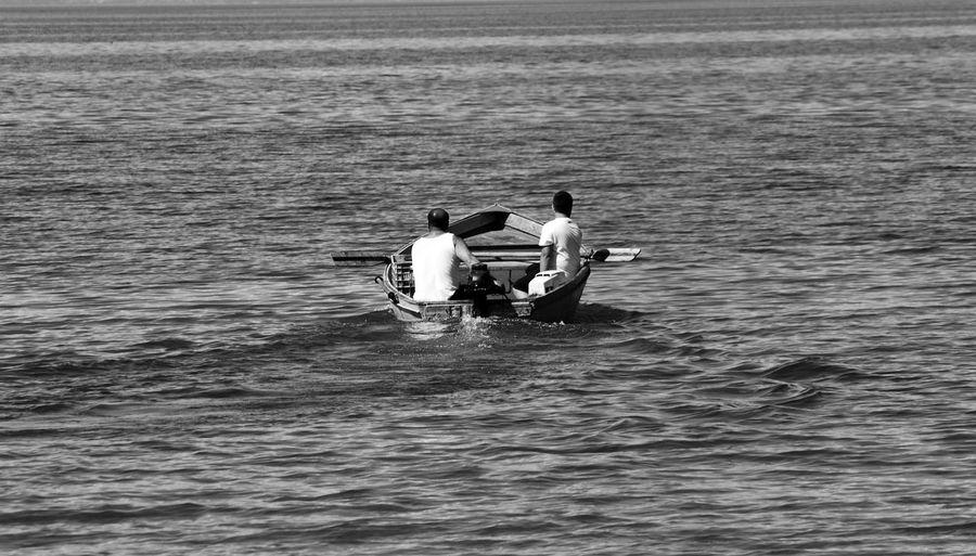 Let's go fishing Leicacamera Huawei Water Sea Men Togetherness Nautical Vessel Jet Boat Sailing Water Sport Wake - Water Boat Fisherman Horizon Over Water Calm Motorboat