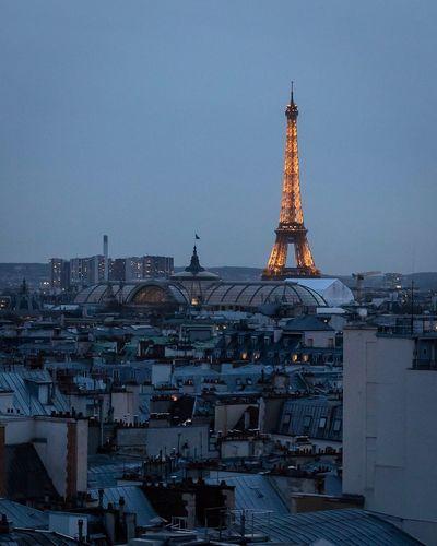 Parisian Twilight Twilight Dusk Eiffel Tower Paris EyeEm Selects Architecture Built Structure Building Exterior City Building Tower Cityscape Travel Destinations Sky Travel Tourism