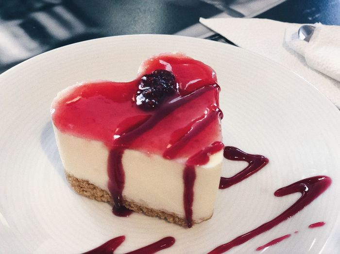 Sweet heart ❤️...Delicious cheesecake with strawberry topping... Sweetshop Sweettooth Melting Cheesecakes Cake Lifestyle Delicious Tasty Sweet Heart Heart Heart Shape Strawberry Topping Cheese Cake Red Sweet Food Sweet Dessert Close-up Food Indulgence Food And Drink Baked Temptation Freshness Ready-to-eat Unhealthy Eating Still Life Cake Chocolate