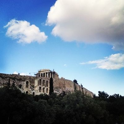 Warm Athens Acropolis Sunny Clouds Nicetrip Insta_europe