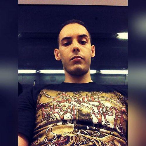 Nada pasandola chill en el Metrosantodomingo de camino a la Zonacolonial a verme con @mariaelizabeth14 aunque no nos vimo me encontre con @adam_melendez21, Brutaldeathmetal Cattledecapitation Slammingbrutaldeathmetal Deathmetal Grindcore Goregrind Technicaldeathmetal