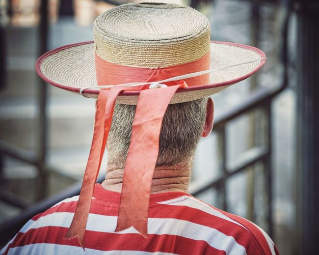 gondolier EyeEm Best Shots EyeEm Gallery EyeEm Best Edits Neck Senior Adult Senior Men Back One Person One Man Only Unrecognizable Person Unrecognizable People Venice Venice, Italy Venezia Venetian Gondolier Gondoliere Gondolieri Straw Hat Decoration Red Hat Venice - Italy Veneto