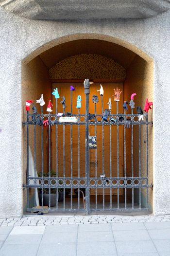 The retirement home equivalent for gloves... Gloves CityWalk Reykjavik Iceland Gate Nikon D3200