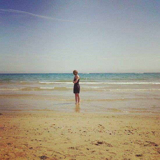 We need more sunshine! Sunshine Beach Blonde Floraldress sea sand