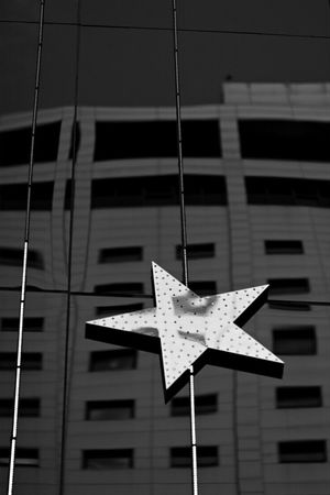Star Building B&w Photo Mono Photo @korea seoul myung-dong @Canon eos 100d / 50mm f1.4