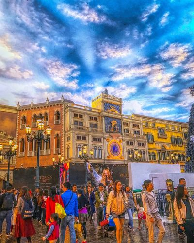 Walking street at Venetian Hotel Resort & Casino Macau 🇲🇴 I wish you all have a happy Sunday 😘