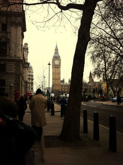 England is a very cool country, english peoples are really sympatic ! :) England London Bigben English