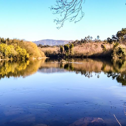 Sunny day by the river River Riverside Riverwalk Rivers Riverbend Water Nature Landscape Naturelover Tagsta Natureshot  Blue Ic_water Portugal Agua Primeshots Beautiful Sand Walking Ripples Beauty Picoftheday Tagsta Irox_water Natur tagsta_nature