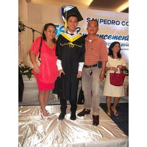 Happy ko kay Happy sila :D Thebestfeeling Worthit Familypic Finally ThankYouLord 32914