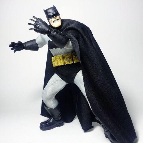 Batman Dccomics Thedarkknight Dccomics Dcuniverse Dcnation DC Mezco TheDarkKnightReturns Toys Toyphotography Toypizza Toysarehellasick Toycollector Toycommunity Toycollection