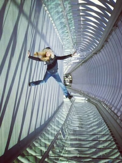 Fun Falling Vertigo Spirals Igloo SPINNING........ Person Hang On Funny Abstract Twist Motion Free