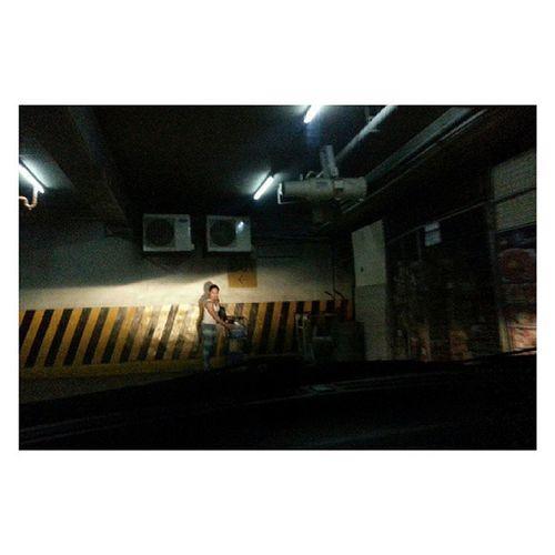 On the Spotlight | @abioj, basement Parking | Sgs3 Headlight night street streetphoto mobilephotography