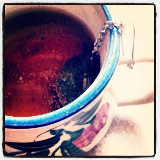Morning Atwork Tea Teatime Boughttea Chinese Eaudefruitexotique Fruitexotique Greentea Instahappy Instahappy Instamoment Instatea Instawork Jasmine Kusmitea Looseleaftea Objectifpertedepoids Pinceathe Régime Rééquilibragealimentaire Relaxing Verveine Verveinetime