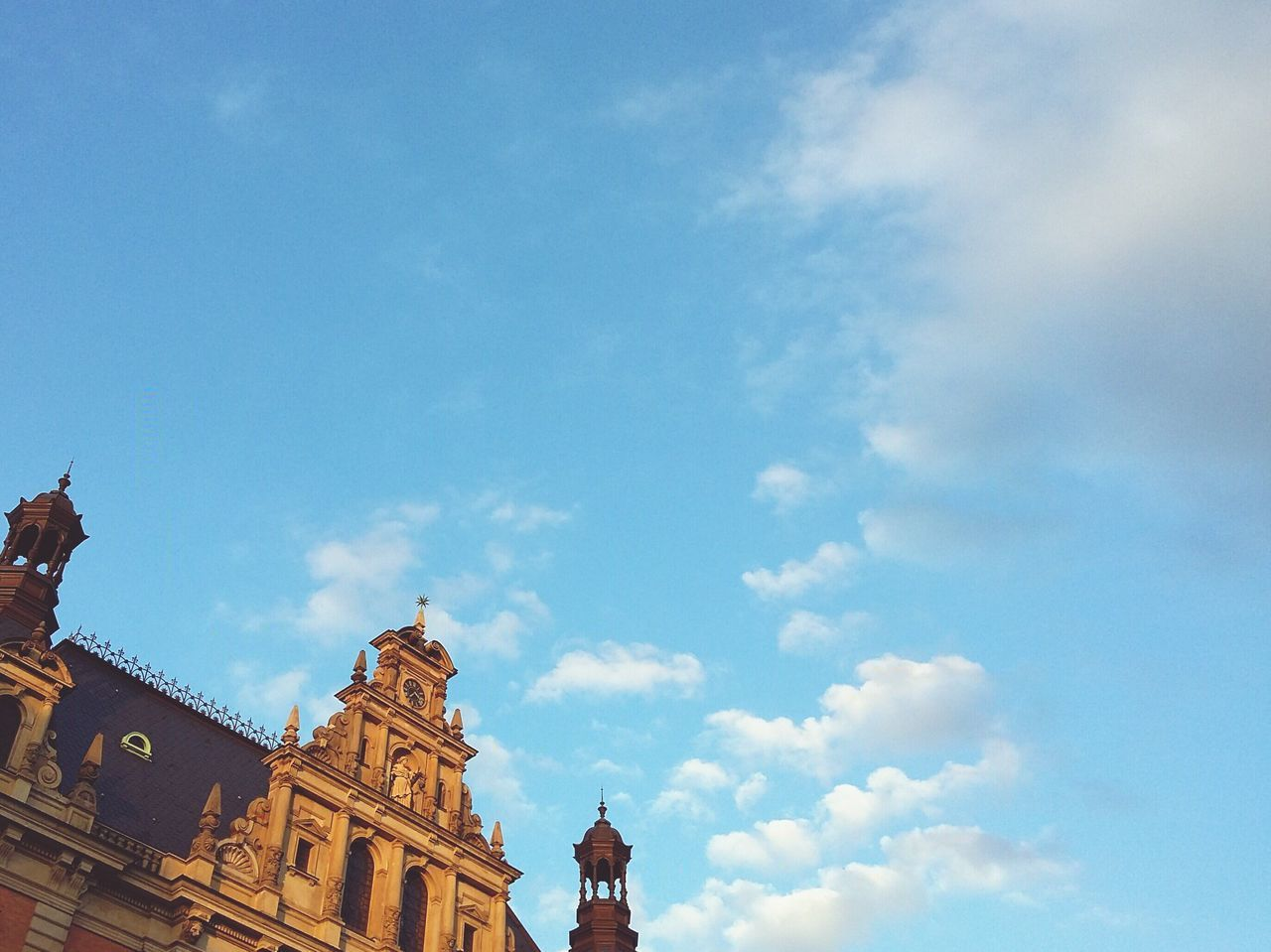 architecture, sky, cloud - sky, building exterior, built structure, religion, place of worship, low angle view, no people, spirituality, day, outdoors