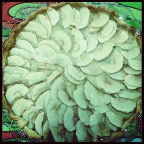 primeira tentativa de tarte de maçã. ficou divinal! :)