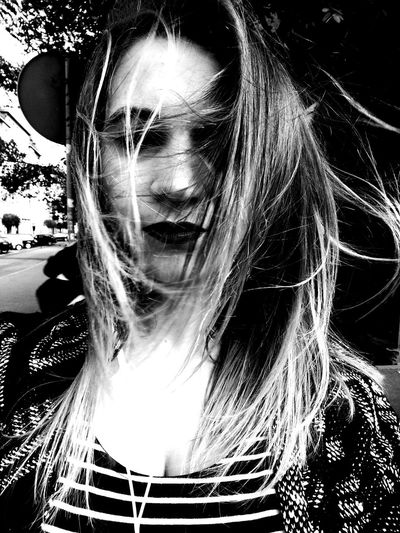 Person Women Portrait People People Photography No Perfect Life No Perfect Face No Perfect Photo Photography Blackandwhite Black & White Blackandwhite Photography