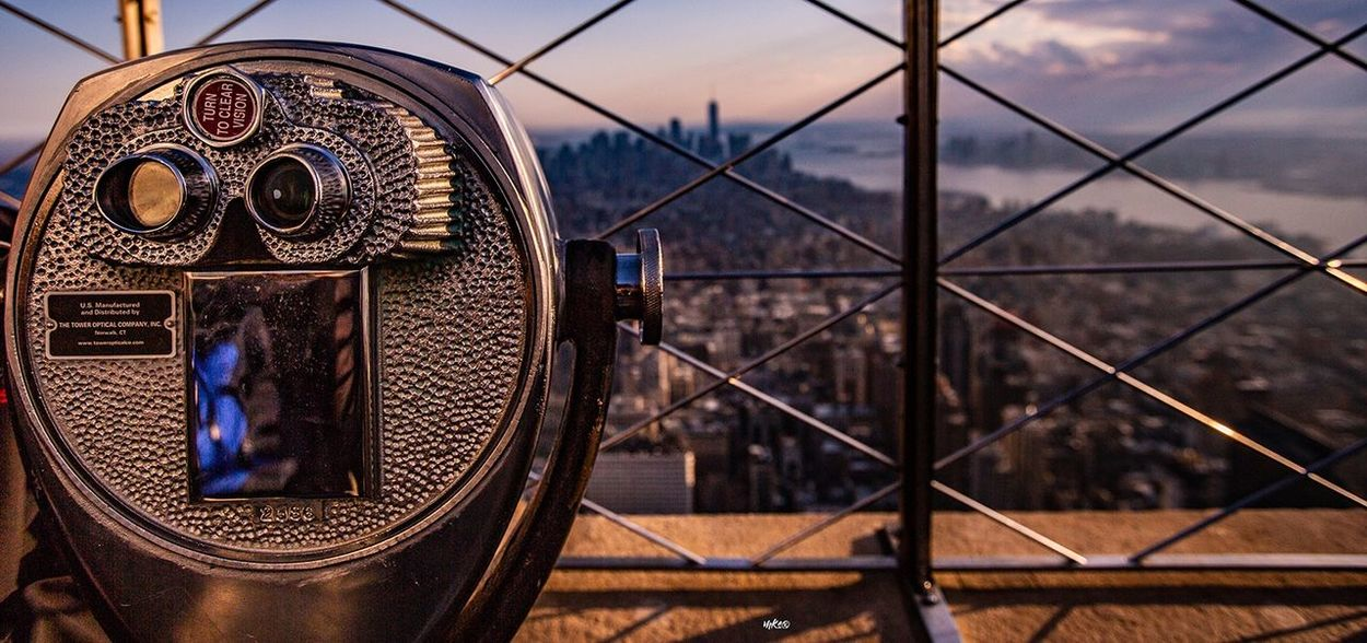 Sunset at NYC Empire State Building Bestoftheday Beauty In Nature New York Sky Metal Fence Architecture Security Protection Safety Cityscape Travel Destinations